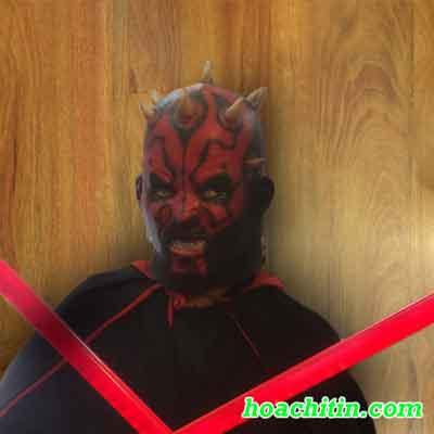 Mặt nạ da Darth Mauth trong Star Wars