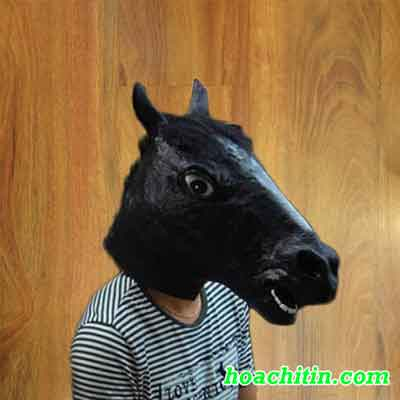 Mặt Nạ Da Ngựa Đen