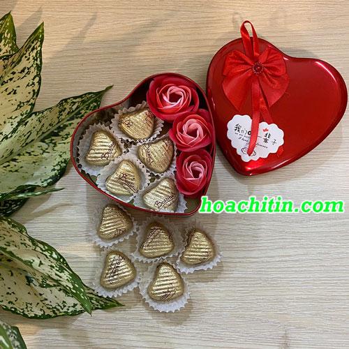 Socola Valentine Trái Tim Hoa Hồng Đỏ Hộp Trái Tim