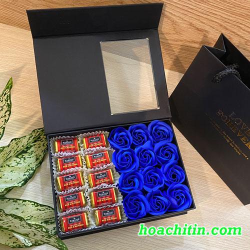 Socola Valentine Thanh Vuông Hộp Vuông Hoa Hồng Xanh